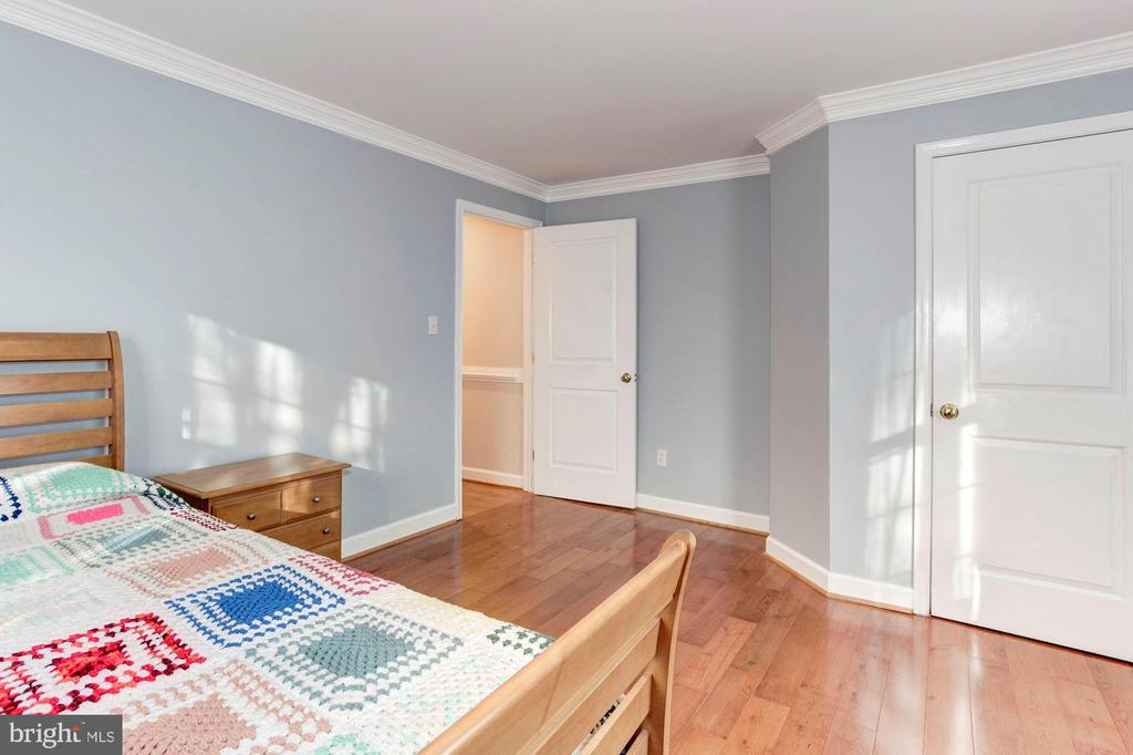 Bedroom  #4 - Truly Very Large & Spacious! - 6813 JEFFERSON AVE, FALLS CHURCH