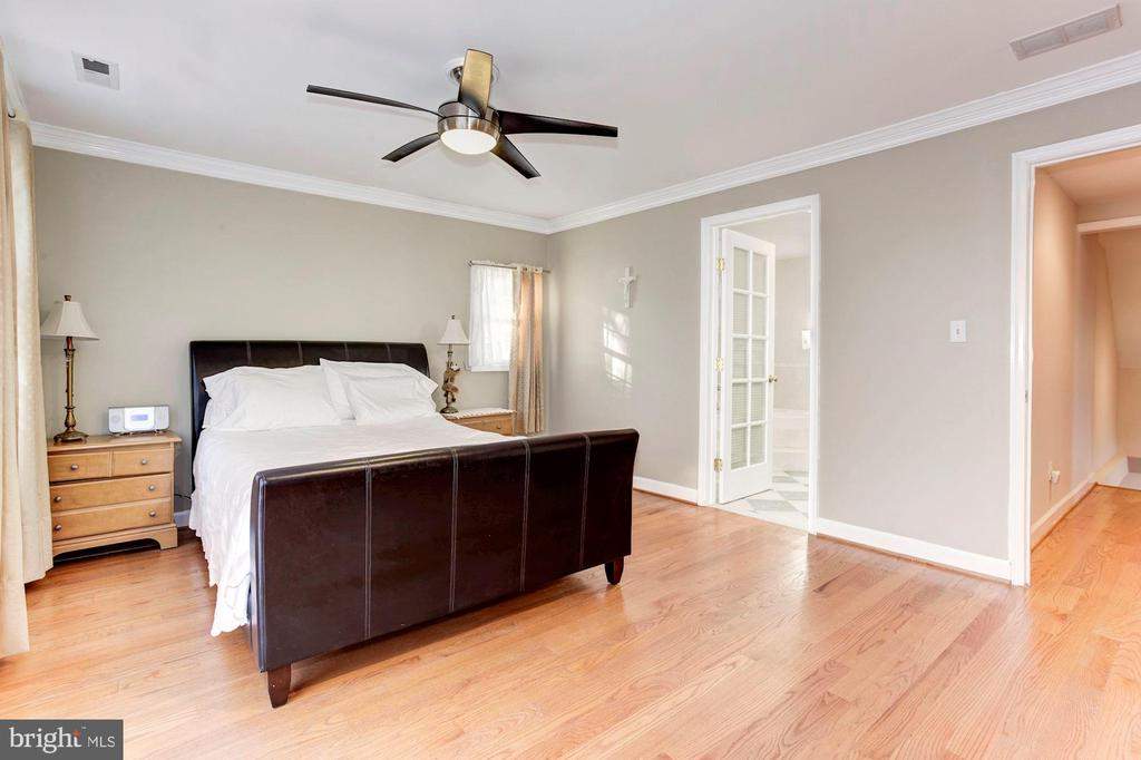 Master Bedroom - Very Large, Light, & Bright! - 6813 JEFFERSON AVE, FALLS CHURCH