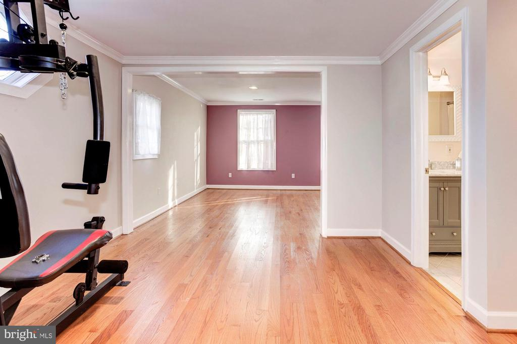 Bedroom #2 - Located on Upstairs Level of Home! - 6813 JEFFERSON AVE, FALLS CHURCH
