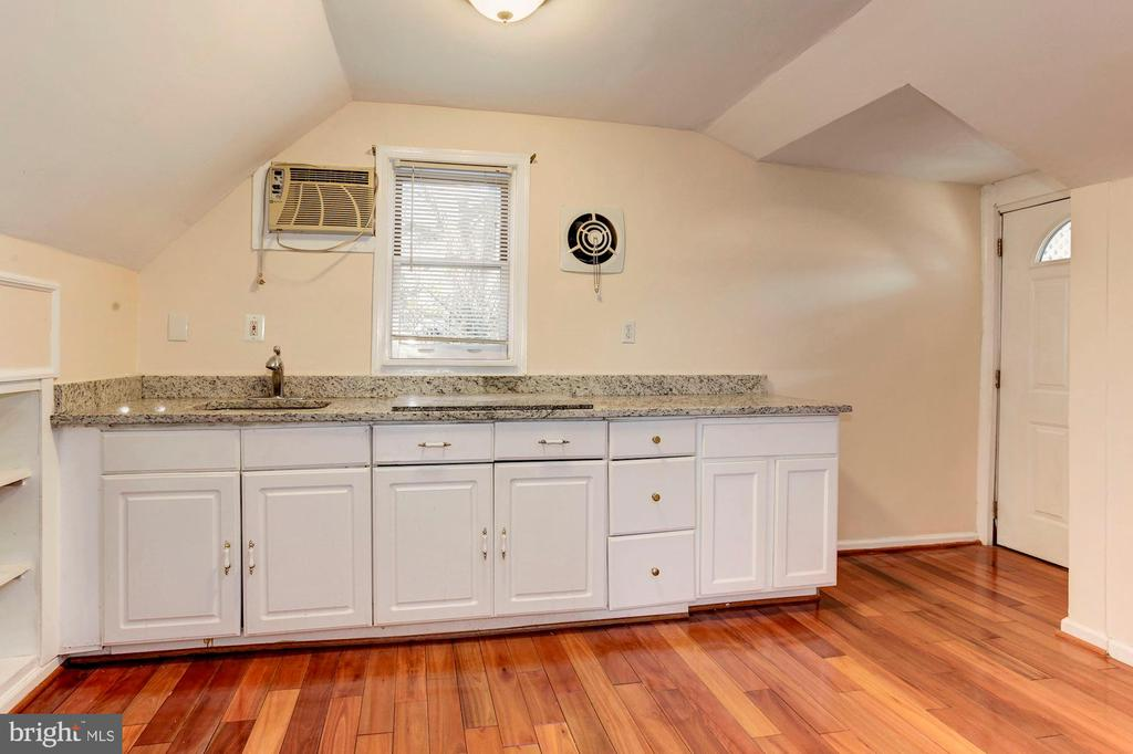 Bonus Suite - Lots of Cabinets for Storage Needs! - 6813 JEFFERSON AVE, FALLS CHURCH