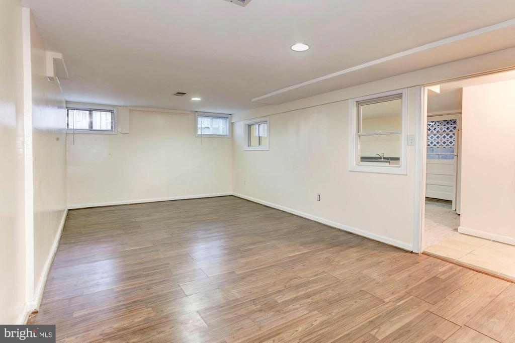 Basement or Rec Room - Use as Overflow Family Room - 6813 JEFFERSON AVE, FALLS CHURCH