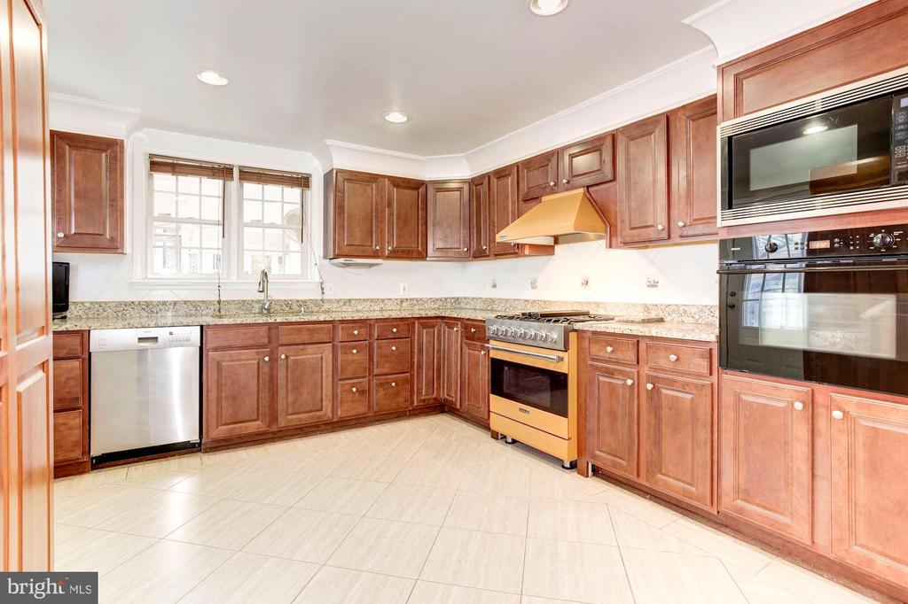 Kitchen - Tile Flooring, Cherry Wood Cabinetry! - 6813 JEFFERSON AVE, FALLS CHURCH