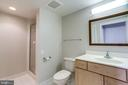 2nd full bathroom - 1201 N GARFIELD ST #803, ARLINGTON