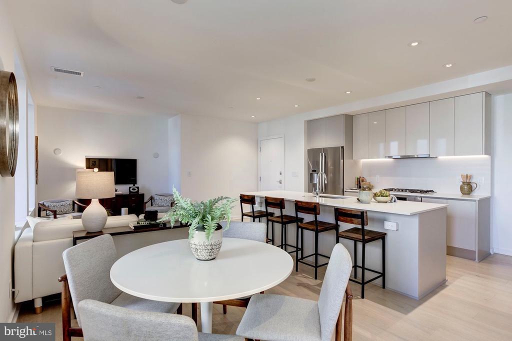 Spacious, open floor plan - 1101 Q ST NW #202, WASHINGTON