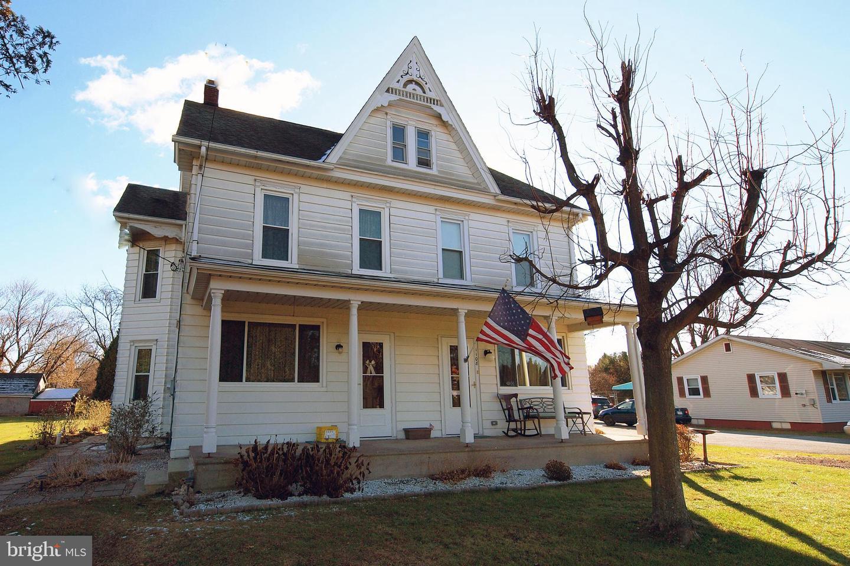 Single Family Homes للـ Sale في Danielsville, Pennsylvania 18038 United States