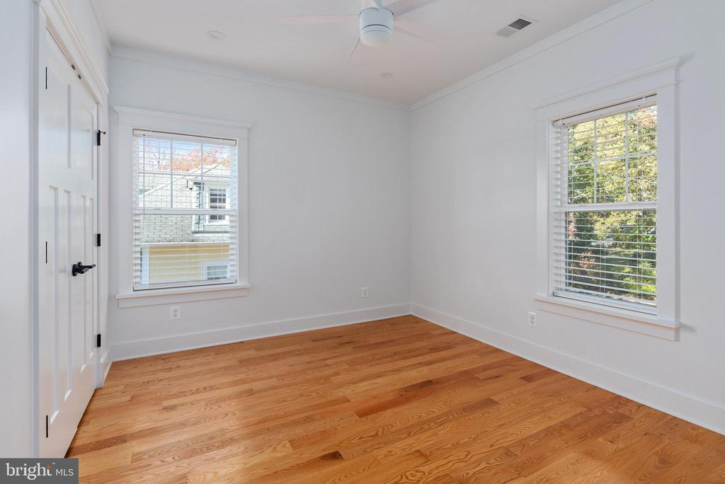 2nd Floor - 3rd Bedroom - 3810 POWHATAN RD, HYATTSVILLE