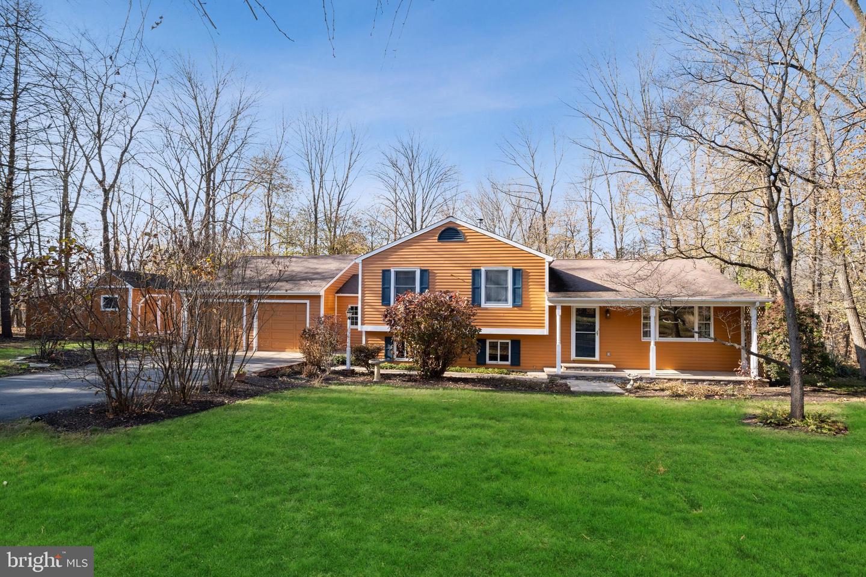 Property のために 売買 アット Hopewell, ニュージャージー 08525 アメリカ