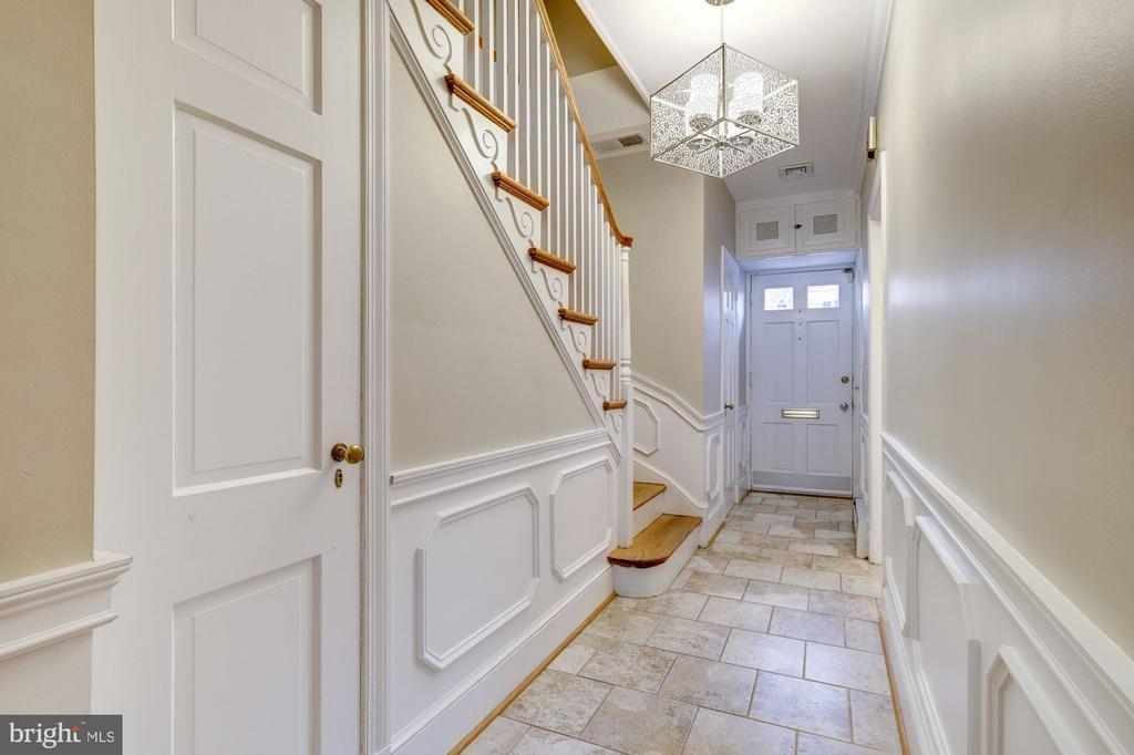 Entry Foyer - 1614 34TH ST NW, WASHINGTON