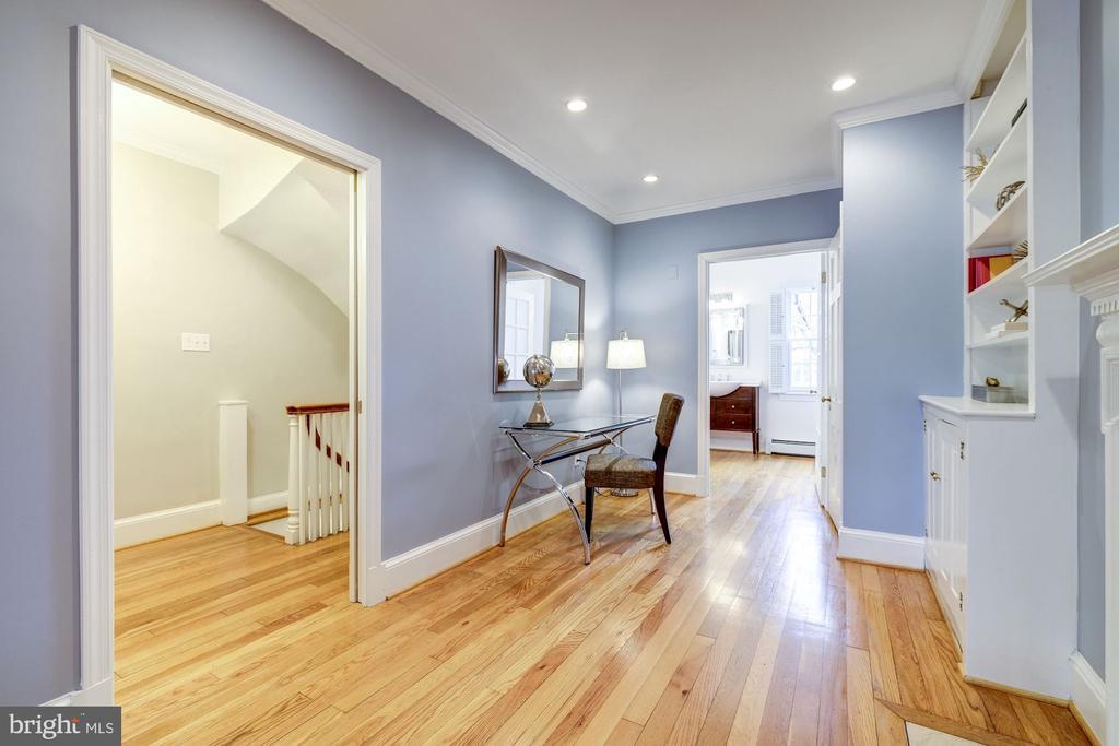 Master Sitting Room - 1614 34TH ST NW, WASHINGTON