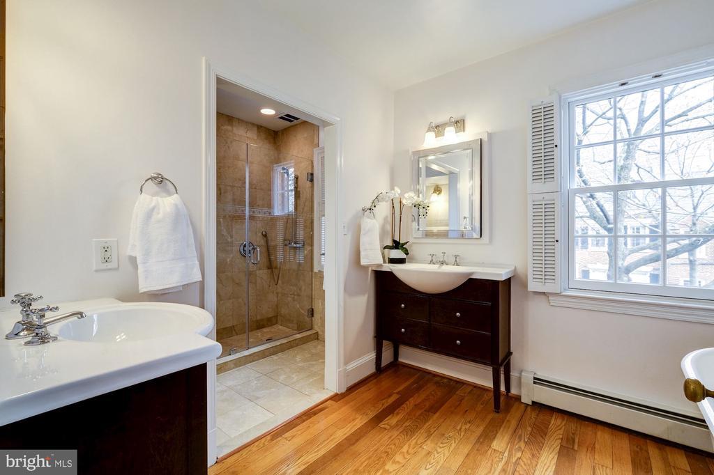 Master Bath - 1614 34TH ST NW, WASHINGTON