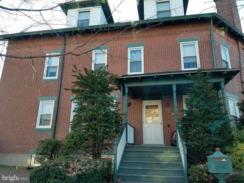 Single Family Homes por un Venta en 101 8TH Avenue Roebling, Nueva Jersey 08554 Estados Unidos