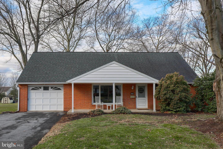 Single Family Homes für Verkauf beim East Petersburg, Pennsylvanien 17520 Vereinigte Staaten