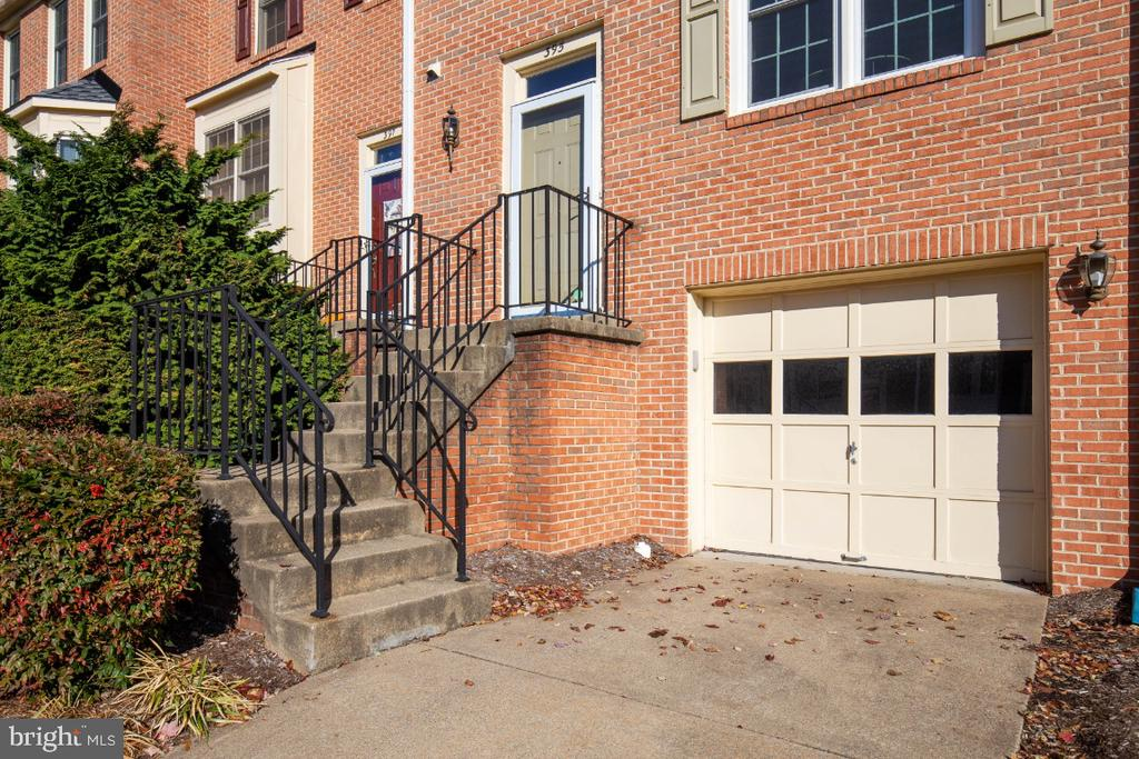 Garage plus extra space for a second car. - 395 S PICKETT ST, ALEXANDRIA