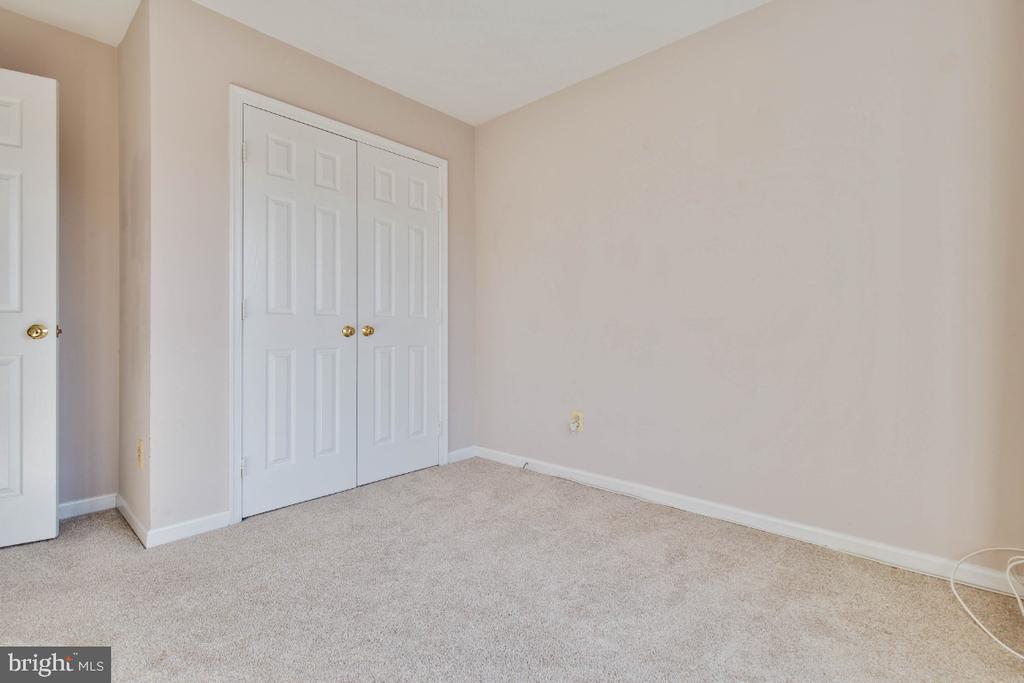 Second bedroom upstairs - 395 S PICKETT ST, ALEXANDRIA