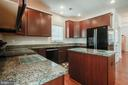 Kitchen - 36083 WELLAND DR, ROUND HILL