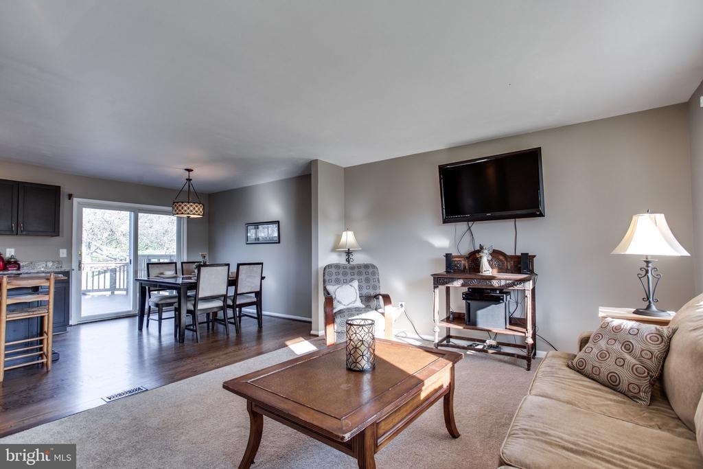 Living Room - 11788 ROWE RD, MONROVIA