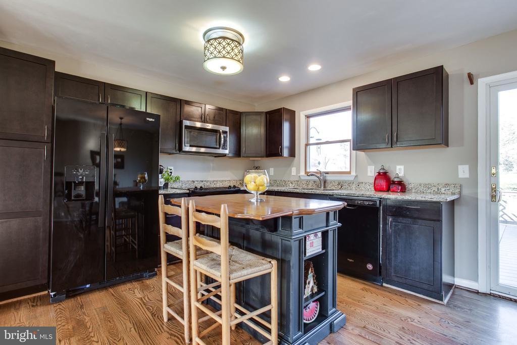 Kitchen - 11788 ROWE RD, MONROVIA