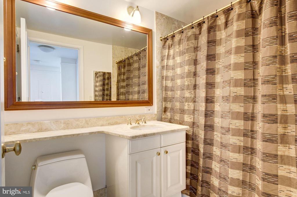 Bathroom - 1155 23RD ST NW #8J, WASHINGTON