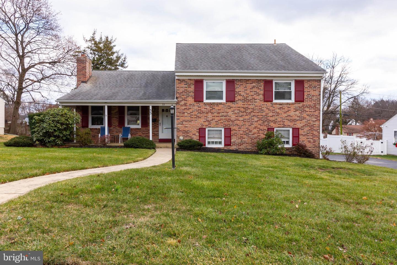 Single Family Homes için Satış at Springfield, Pennsylvania 19064 Amerika Birleşik Devletleri
