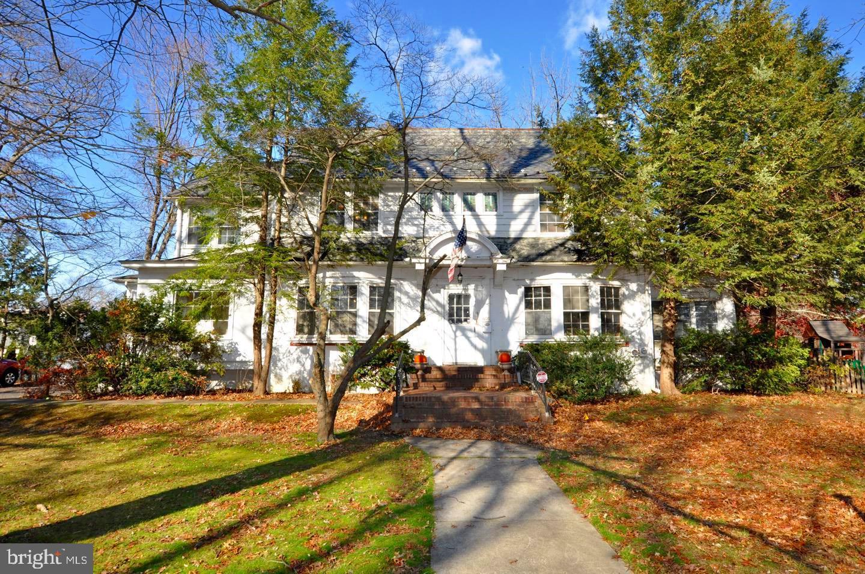 Single Family Homes för Försäljning vid Collingswood, New Jersey 08107 Förenta staterna