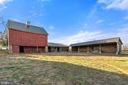 rear of bank barn and other stalls - 20775 AIRMONT RD, BLUEMONT