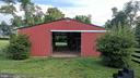 8 stall barn + heated tack & bathroom - 20775 AIRMONT RD, BLUEMONT