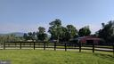 level paddocks and mountain views - 20775 AIRMONT RD, BLUEMONT