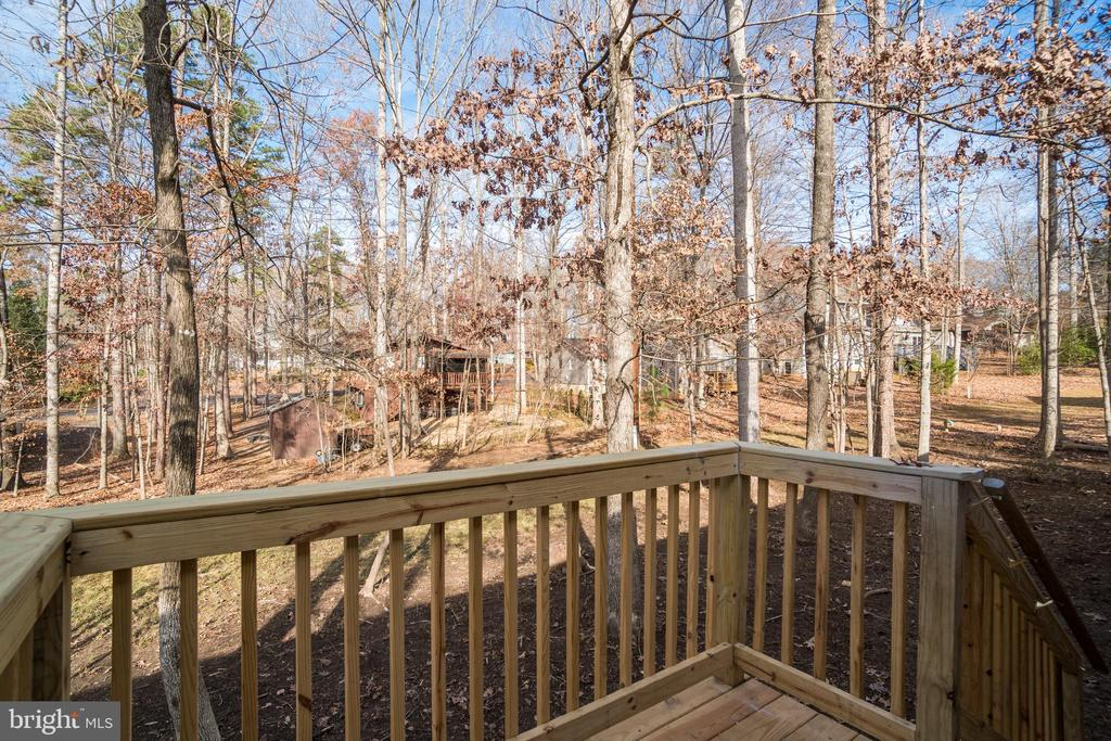 Beautiful Views from New Deck! - 4229 LAKEVIEW PKWY, LOCUST GROVE