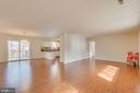 Stunning Open floor plan all hardwood - 4229 LAKEVIEW PKWY, LOCUST GROVE