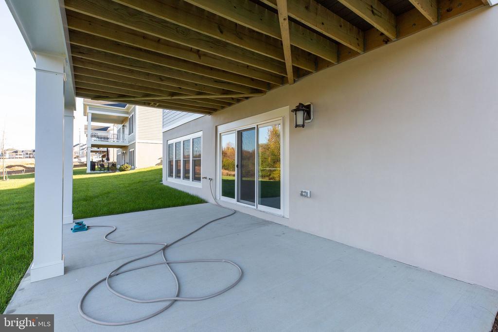 Rear patio - 25955 CULLEN RUN PL, ALDIE