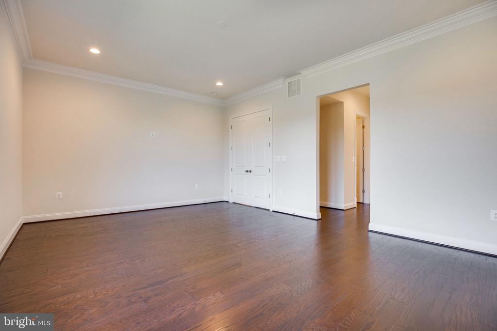 Owner's Suite - 25955 CULLEN RUN PL, ALDIE