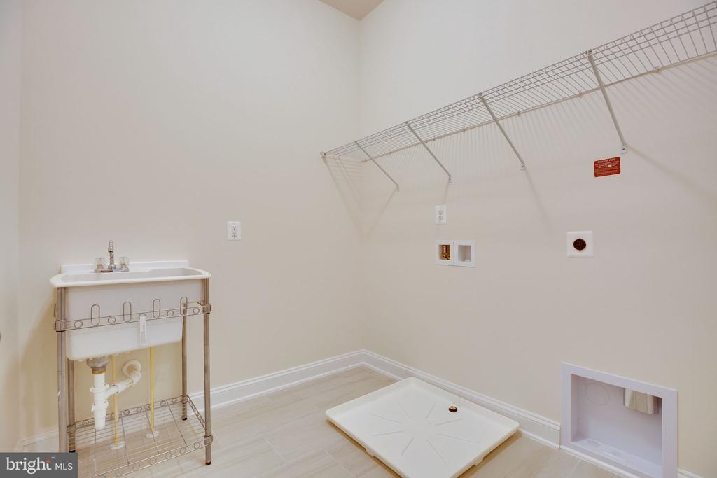 Laundry Room - 25955 CULLEN RUN PL, ALDIE