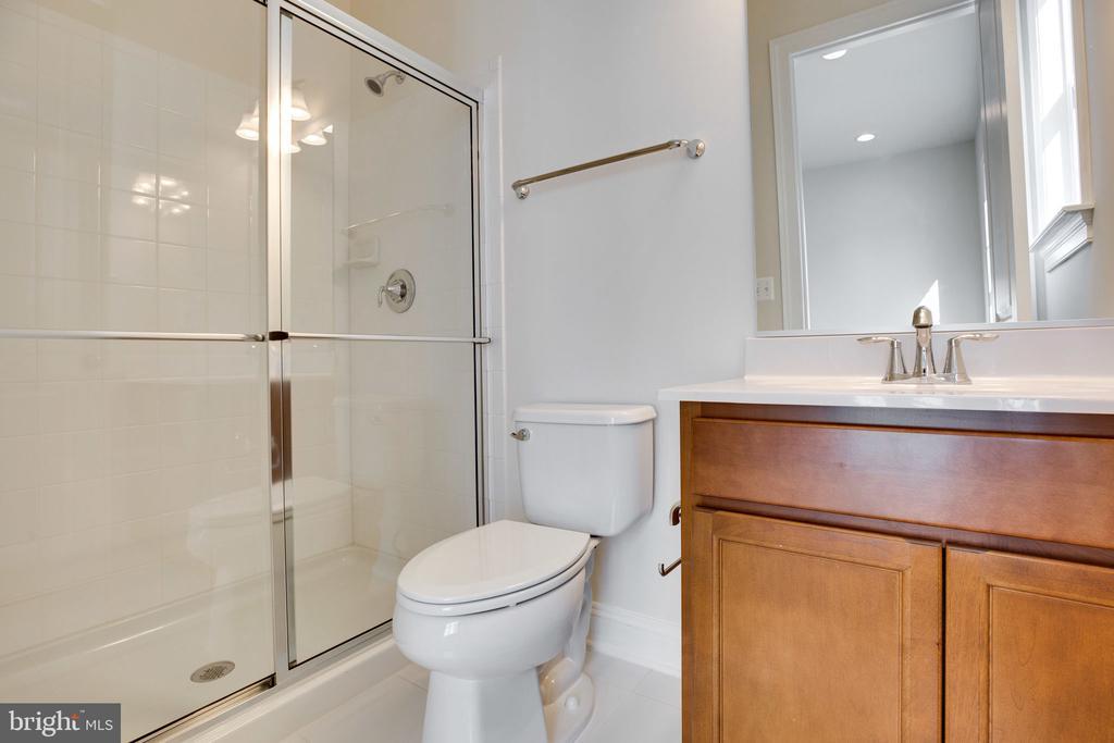 Additional bath - 25955 CULLEN RUN PL, ALDIE