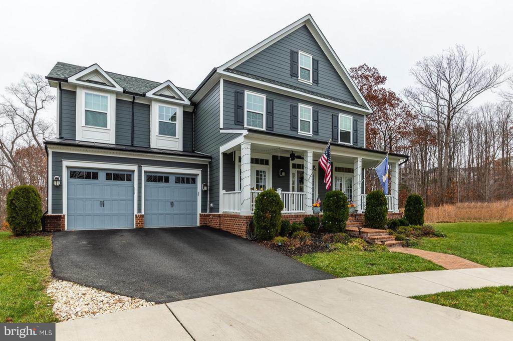 This home sits on a wonderful lot - 17101 GULLWING DR, DUMFRIES