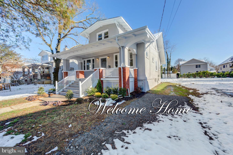 Single Family Homes pour l Vente à Fair Haven, New Jersey 07704 États-Unis