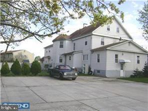 Quadraplex per Vendita alle ore Burlington, New Jersey 08016 Stati Uniti