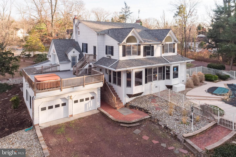 Single Family Homes vì Bán tại Wenonah, New Jersey 08090 Hoa Kỳ