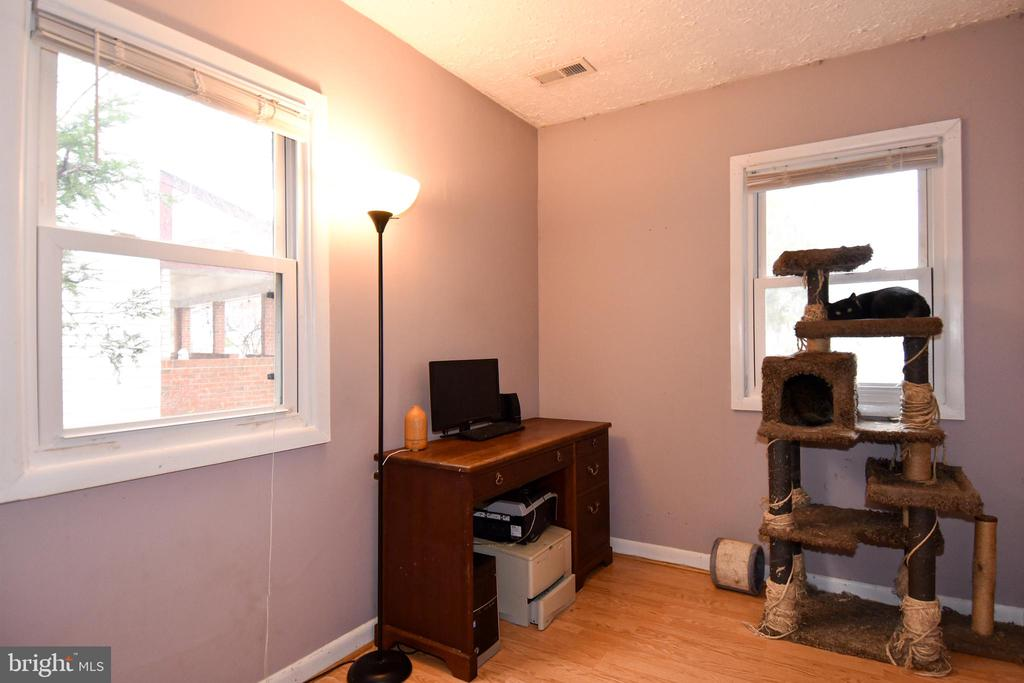 2nd Bedroom/Office - 107 JENKINS CT, MANASSAS PARK
