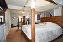 Oversized Master Bedroom - 107 JENKINS CT, MANASSAS PARK