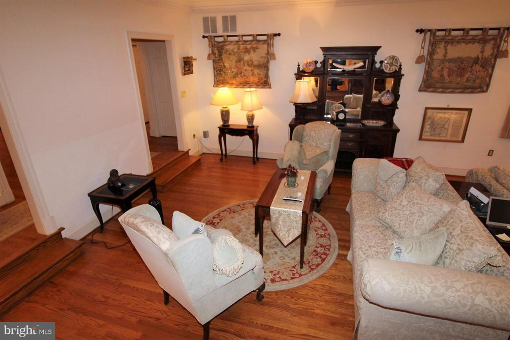 Great room - 4309 SUNDOWN RD, GAITHERSBURG