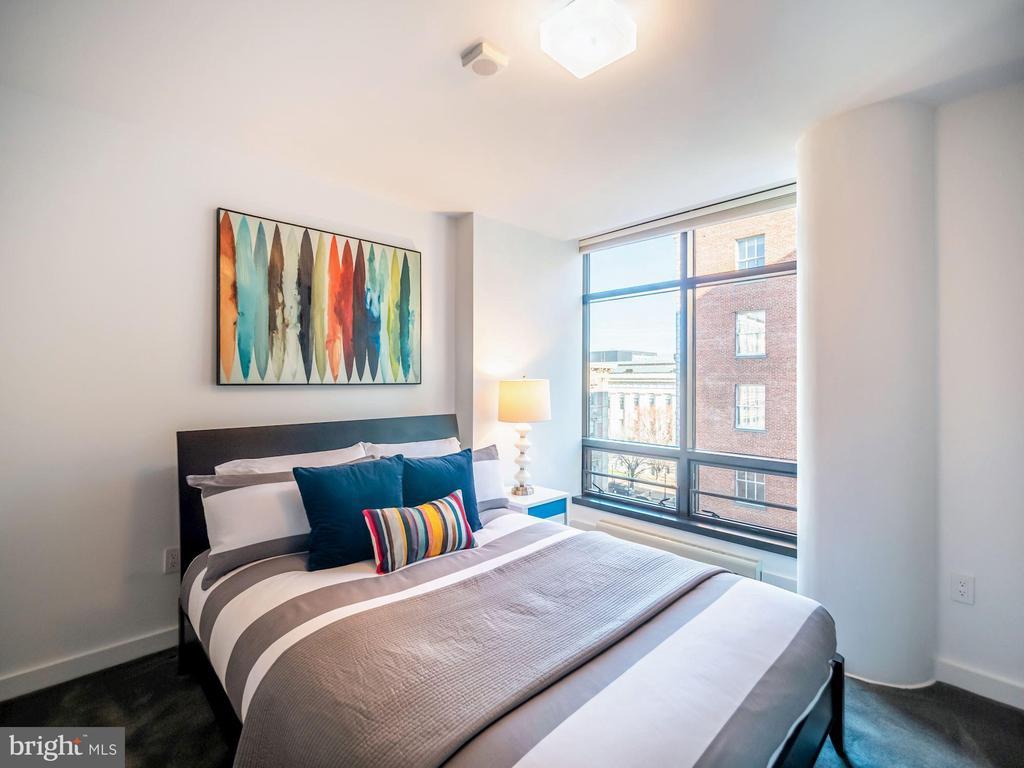 Guest room #3 - 912 F ST NW #905, WASHINGTON