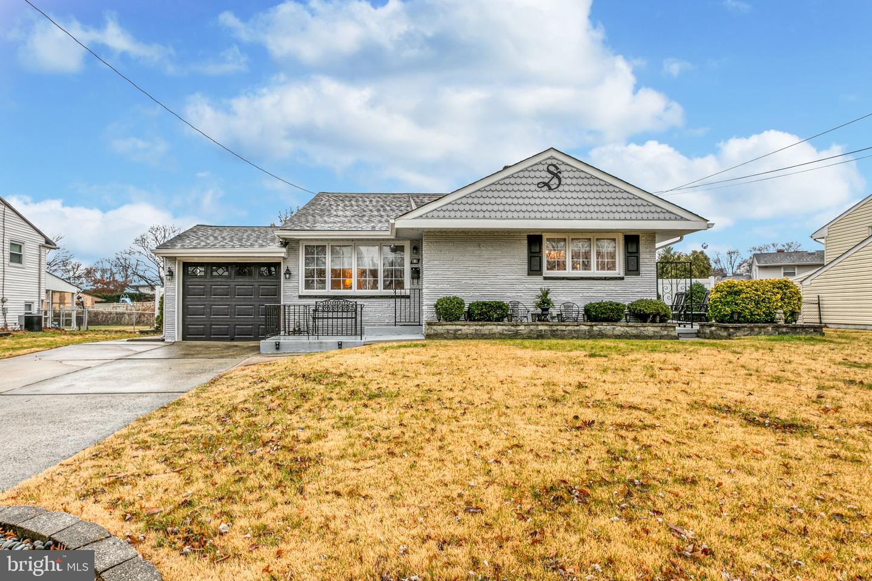 Single Family Homes 為 出售 在 Bellmawr, 新澤西州 08031 美國