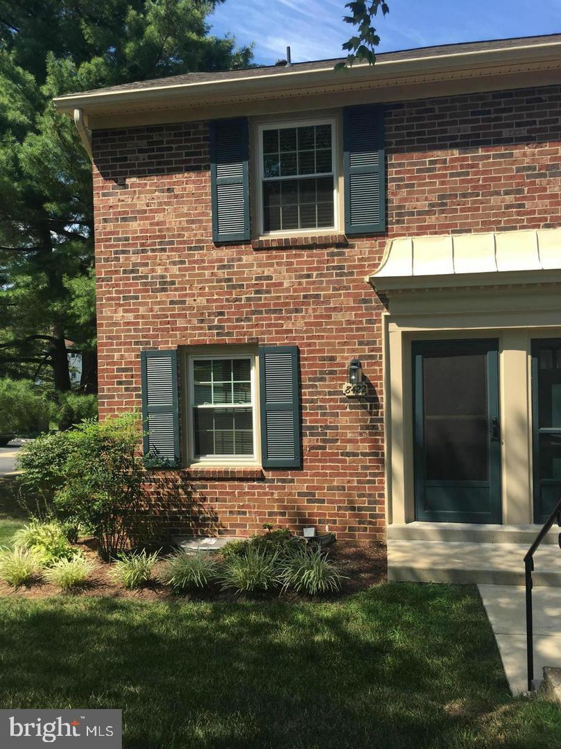 Property vì Thuê tại Springfield, Virginia 22152 Hoa Kỳ