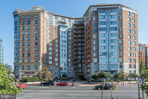 555 MASSACHUSETTS AVE NW #909