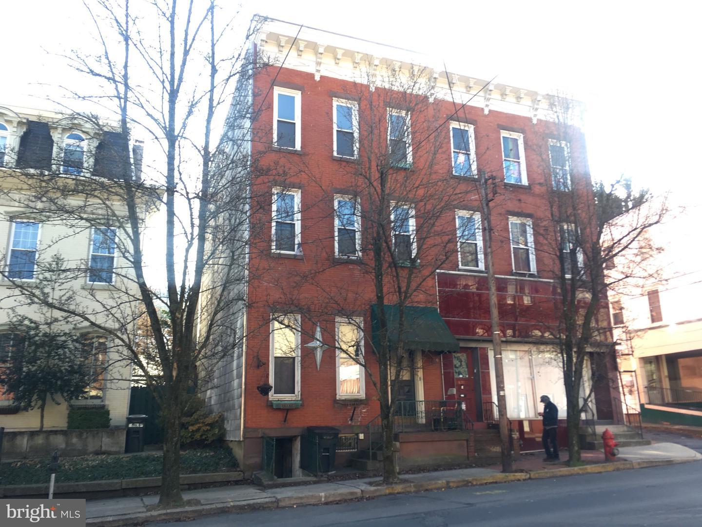 619 W MARKET Street  Pottsville, Pensilvânia 17901 Estados Unidos