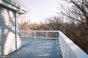 Wrap-around deck - 39006 LIME KILN RD, LEESBURG