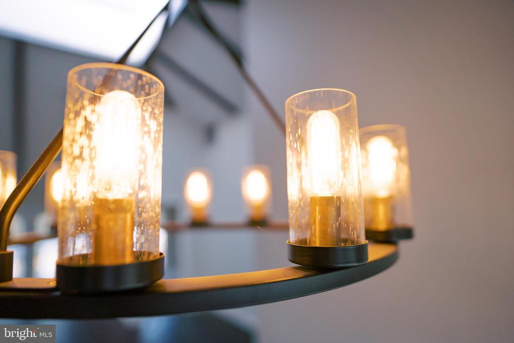 Updated lighting - 39006 LIME KILN RD, LEESBURG