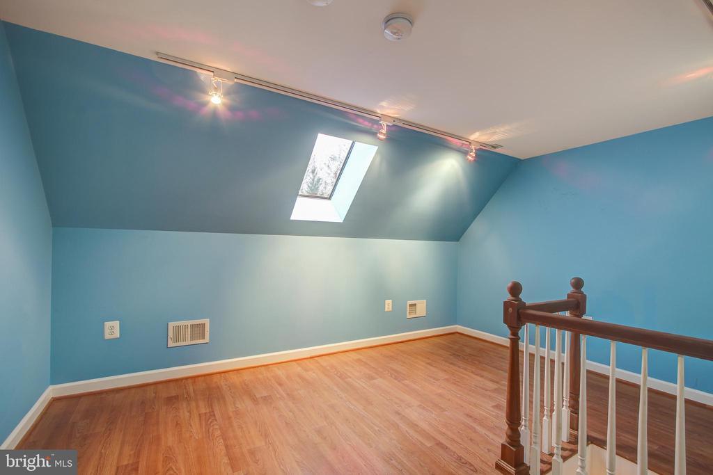 Loft of Bedroom #4 - 12020 BLACKBERRY TER, NORTH POTOMAC