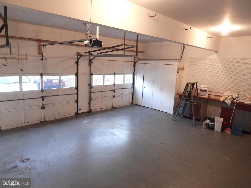 Spacious 2 car garage w/storage closets - 6205 PROSPECT ST, FREDERICKSBURG