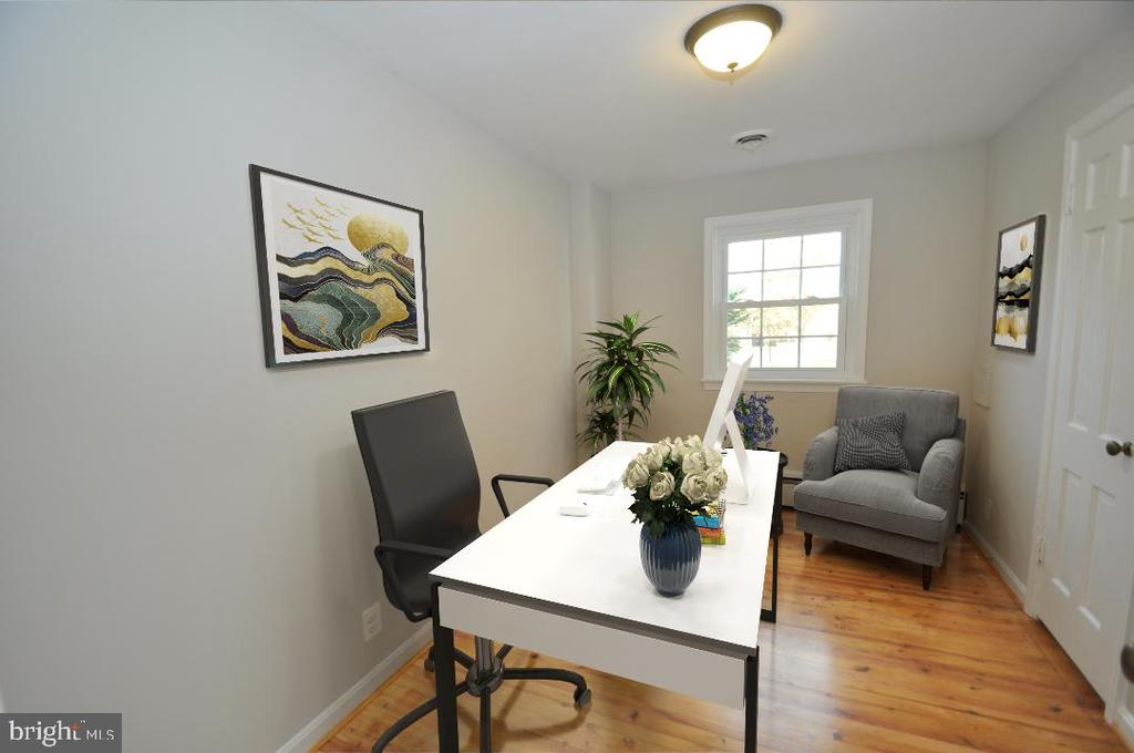 1ST FLOOR OFFICE - 10311 DETRICK AVE, KENSINGTON